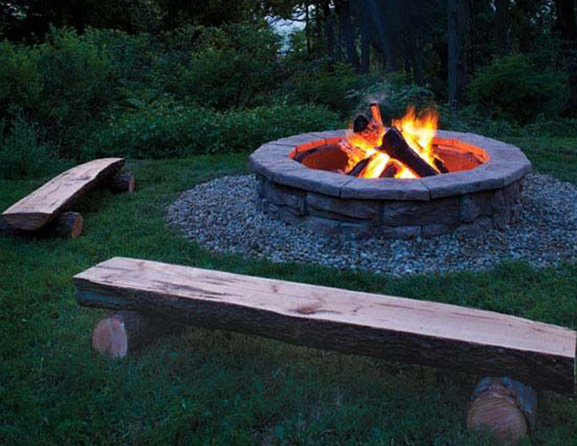 If you want to learn how to throw a bonfire party, start by creating a fire pit for your bonfire