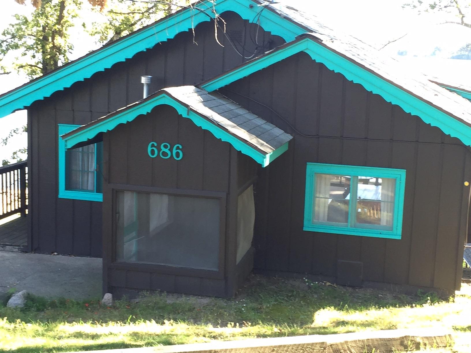 Rustic Brainerd cabin at Cragun's Resort