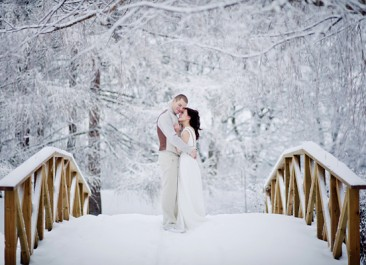 How to Plan a Winter Wonderland Wedding