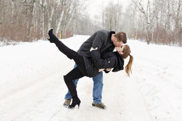 Winter Engagement Photos Ideas Inspiration Craguns Resort