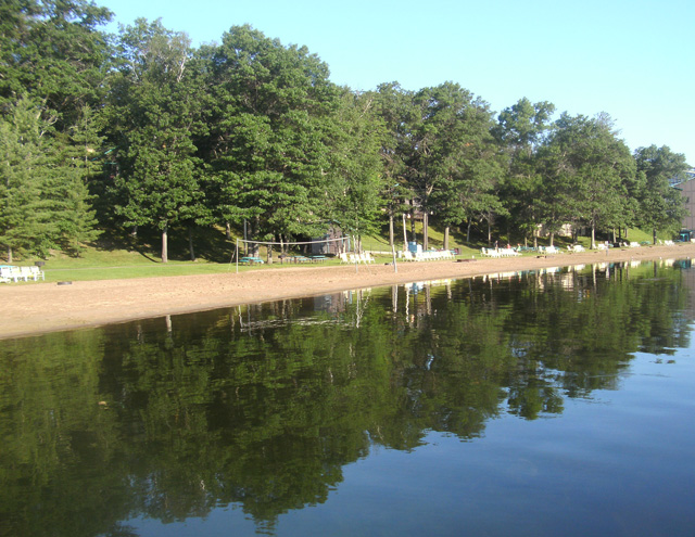 Renting a cabin on a lake is a great way to enjoy your summer vacation