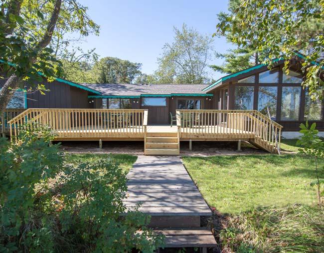 Cragun's Resort Cabin 115