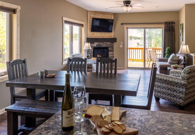 Cragun's lodging - Hillside Cabin