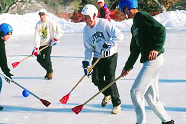 68-2565_Gal_Act_Broomball600x400