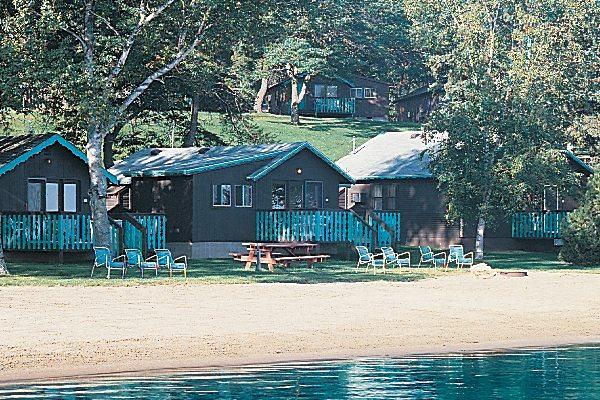 A Brainerd cabin rental at Cragun's Resort