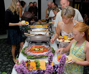 68-2565_Wedding_Buffet_300x250[1]
