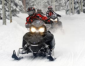 winter_activities_sledders