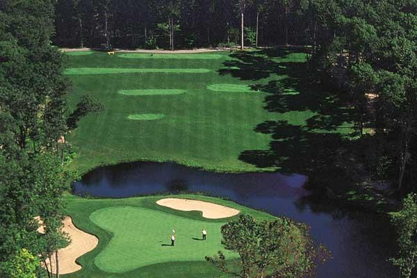 68-2565_Gal_Golf_Bobbys600x400