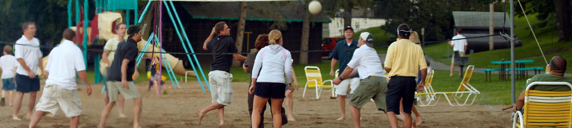 slide-Reunion_volleyball_2000x450