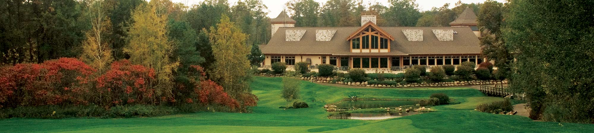 slide-golf-clubhouse_fall_2000x450
