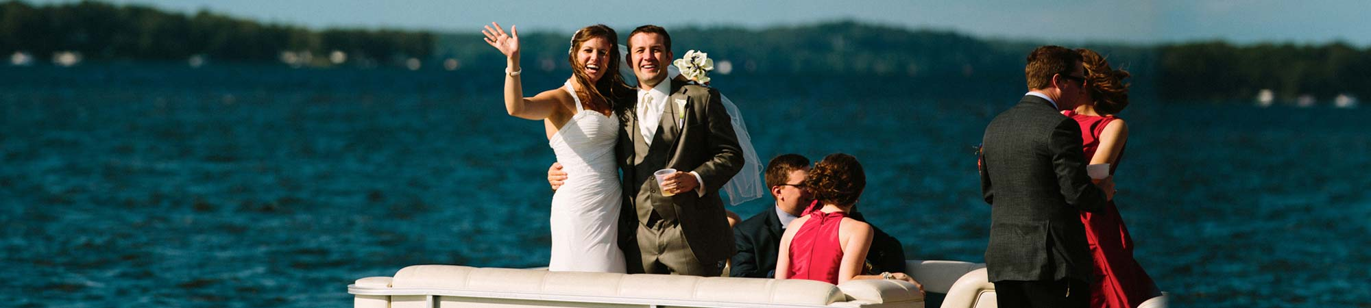 slide-wedding_pontoon_2000x450