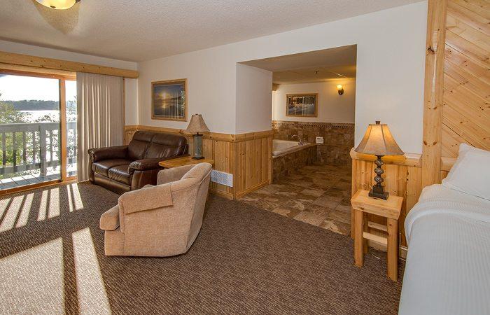 jacuzzi hotel rooms on gull lake brainerd mn cragun s. Black Bedroom Furniture Sets. Home Design Ideas