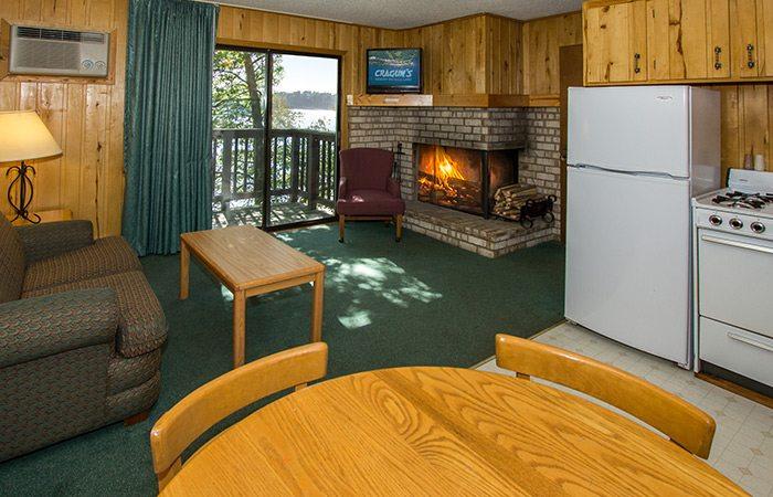 Lake view cabins at Cragun's Resort