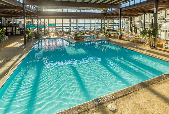 Indoor Swimming Pool Brainerd, MN | Cragun's Resort