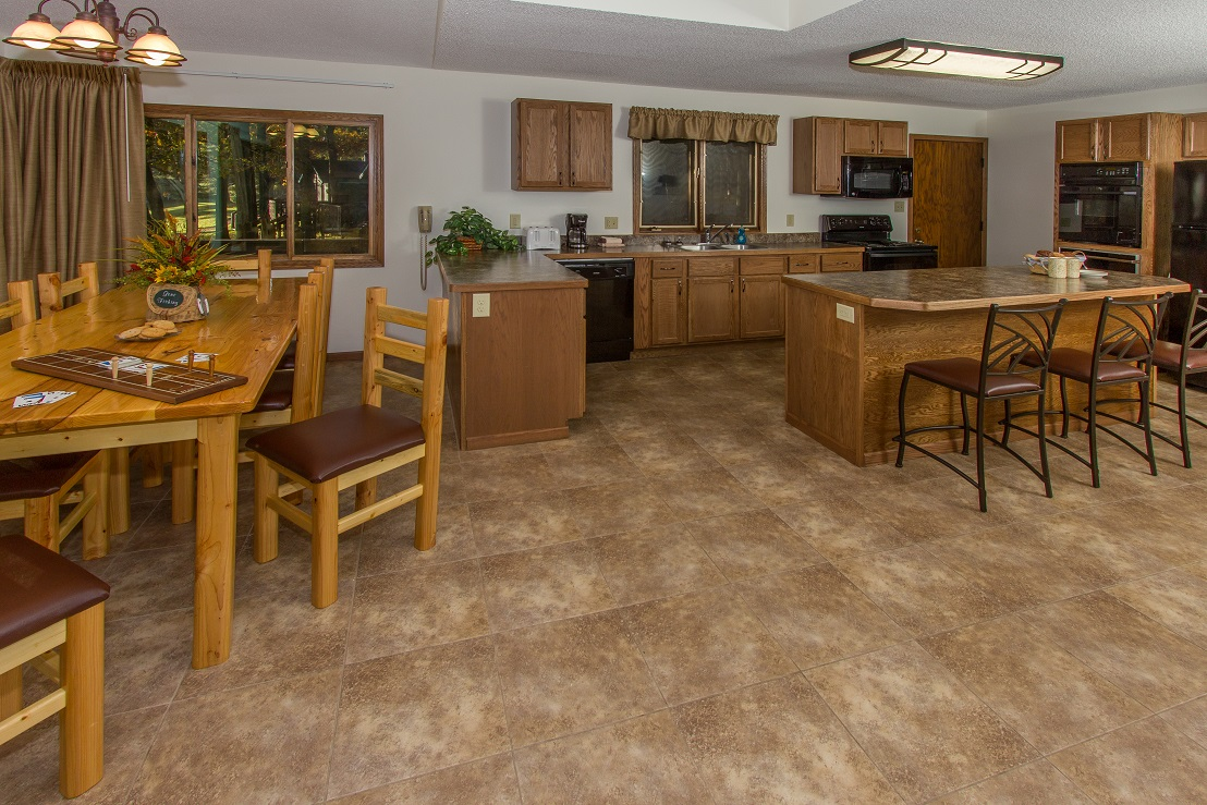 690-Kitchen-Dining
