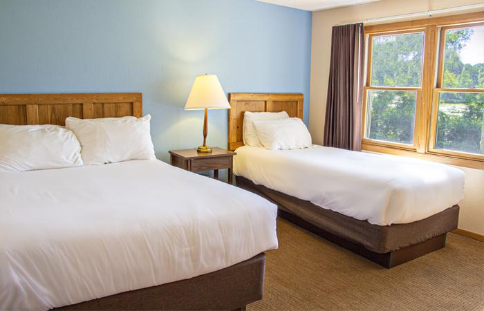 The-Oaks-674-Bedroom