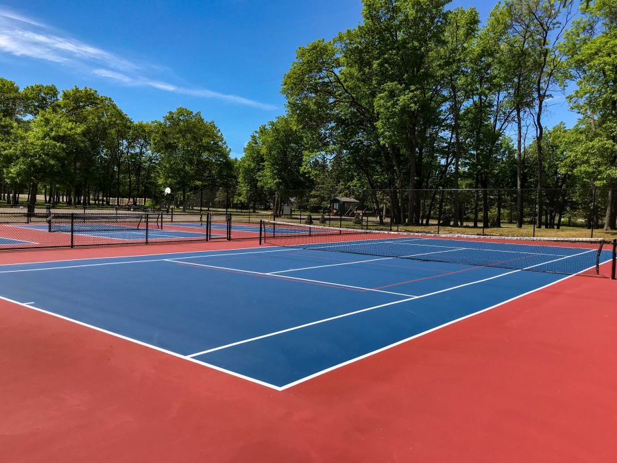 Cragun's outdoor tennis court